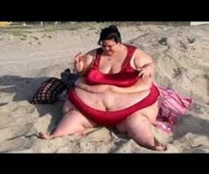 VIDEO / Avea peste 300 de kilograme, dar a luat o decizie radicală care i-a schimbat viaţa. Cum arată după ce a slăbit 110 kg
