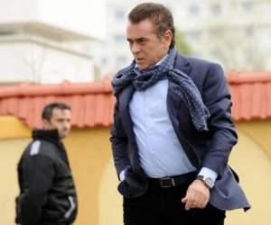 """Imagini în premieră din """"bârlogul"""" milionarului Ioan Neculaie! Aşa arată cuibuşorul de nebunii!"""