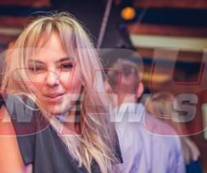 Mama-Natură, sufletul petrecerii în clubul iubitului ei! A băut shot după shot și a dansat toată noaptea
