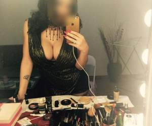 Imagini EXCLUSIVE de la petrecerea unei bombe sexy! Și-a făcut de cap riscându-și sănătatea