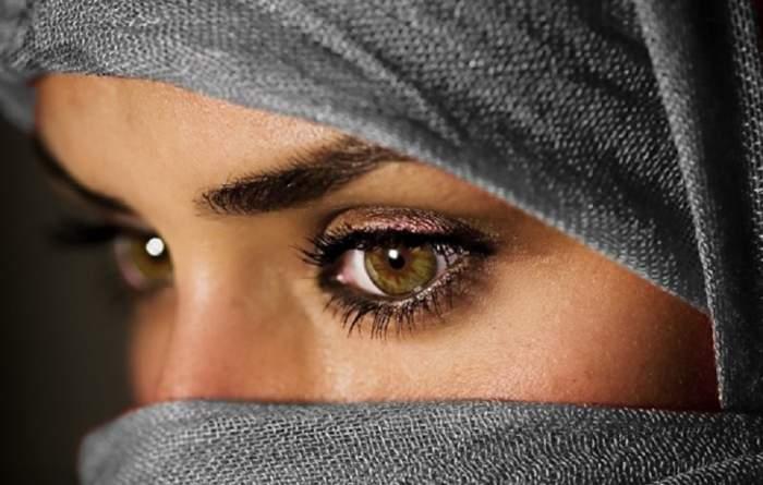 Motivul incredibil invocat de un islamist pentru a convinge femeile să nu şofeze!