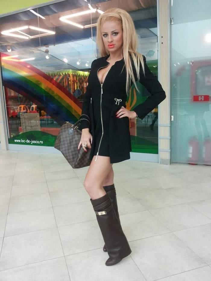 Sânziana Buruiană, sexy încă de la primele ore ale dimineţii