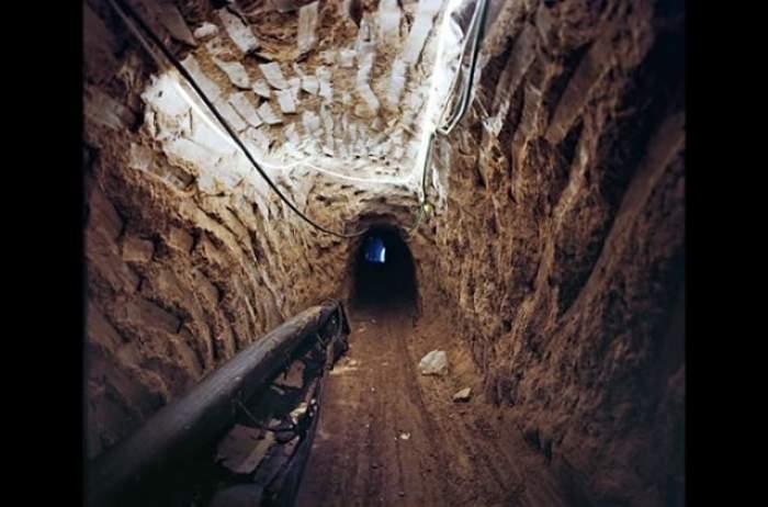 """ŞOCANT!!! S-a descoperit un tunel la 18 metri sub pământ! """"Aici se pun la cale actele de terorism"""""""