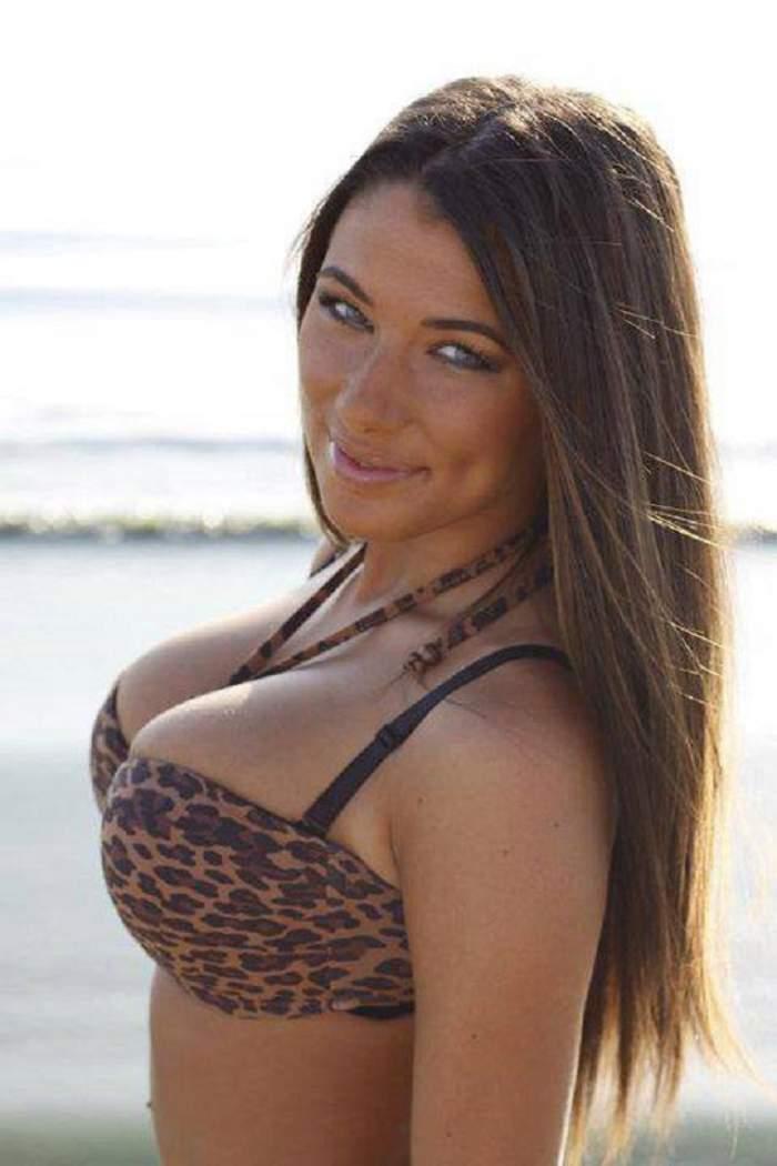 Roxana Vancea le arată bărbaţilor că fundul este la fel de apetisant precum sânii!