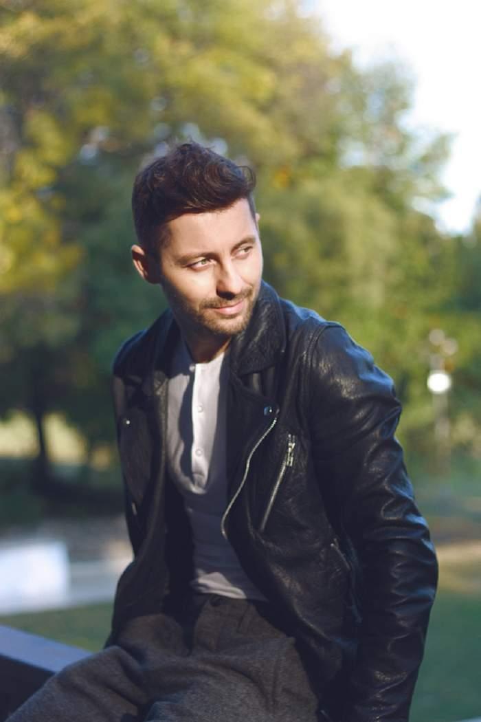"""Melancolie de toamnă cu Adrian Sînă: """"Dragostea vine din multe colţuri pentru mine şi e cu atât mai profundă"""""""