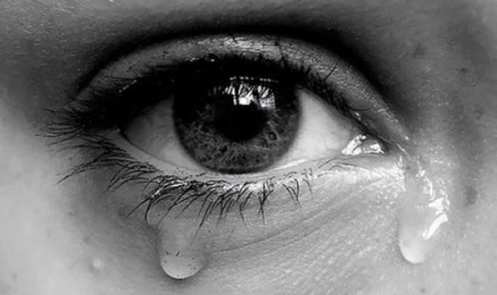 V-aţi întrebat vreodată care este compoziţia chimică a lacrimilor şi ce le stimulează? Noi vă dăm răspunsul