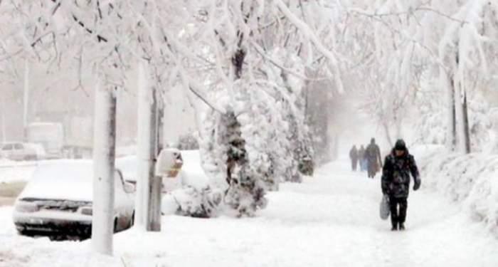 Meteorologii nu aduc nici de data aceasta veşti bune pentru români! Vezi ce zone vor fi răpuse de ger