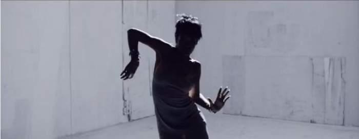 VIDEO Rihanna îşi invită fanii în culisele celui mai nou videoclip