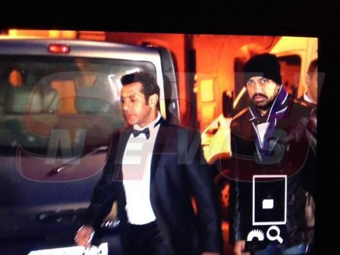 Nici cei mai smecheri actori americani nu sunt păziţi aşa! Salman Khan are patru gărzi de corp care iau foc şi când îl priveşte cineva