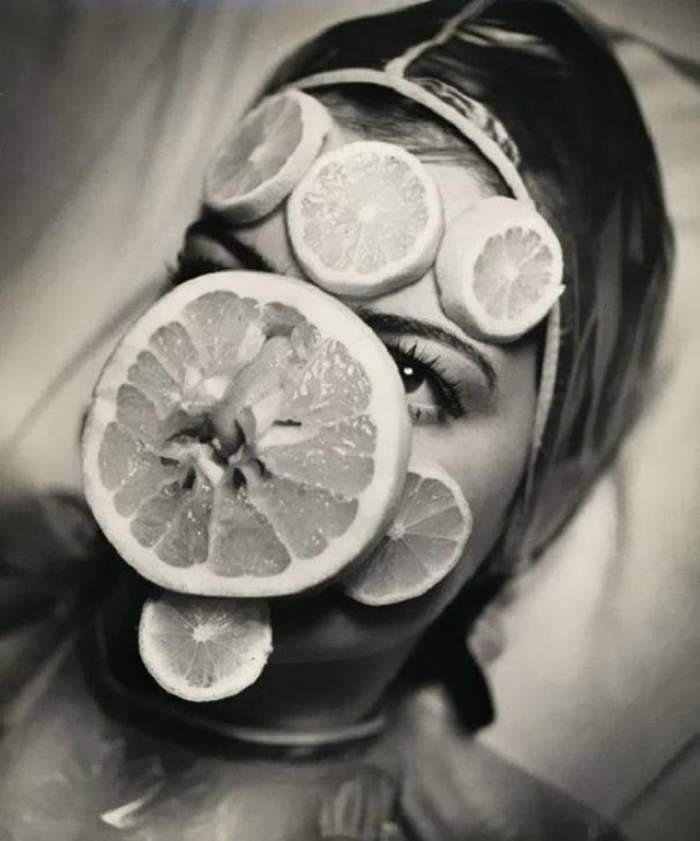 Uite cum arătau procedurile de înfrumuseţare acum aproape 100 de ani!