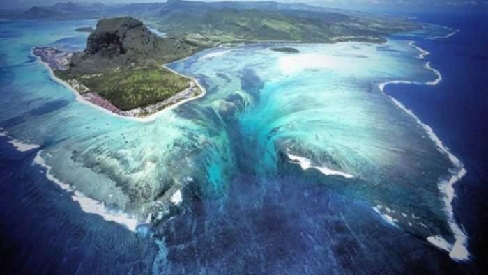 Fenomen uimitor descoperit în Oceanul Indian / FOTO