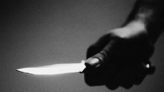 Atac ca-n filme în Năvodari! Un fost poliţist a înjughiat opt persoane