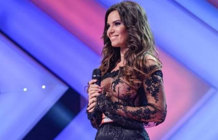 """""""Sexy concurenta"""" a revenit la """"X Factor"""". Andreea Lazăr a încins spiritele prin apariţia ei"""