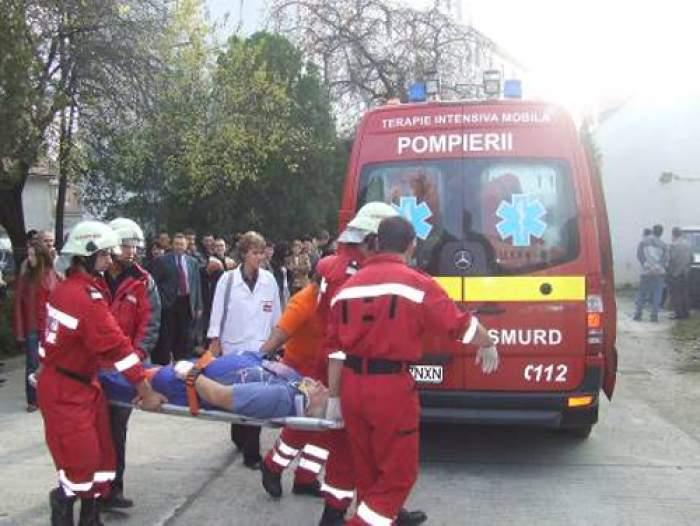 A murit după ce a căzut de pe o schelă