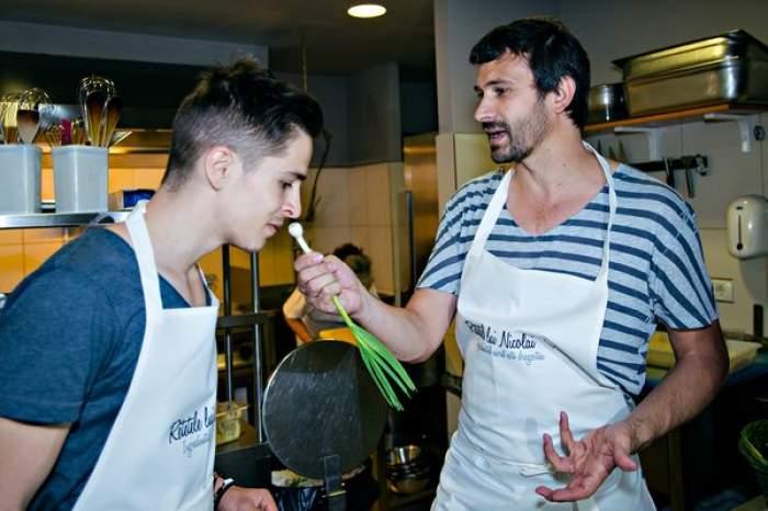 Bucătarul Nicolai Tand găteşte la saşe mâini. Cine sunt ucenicii lui / Foto