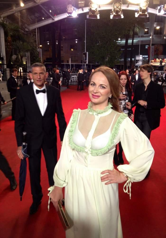 Delia Antal s-a distrat la Cannes. Vezi cu cine a stat la şuetă