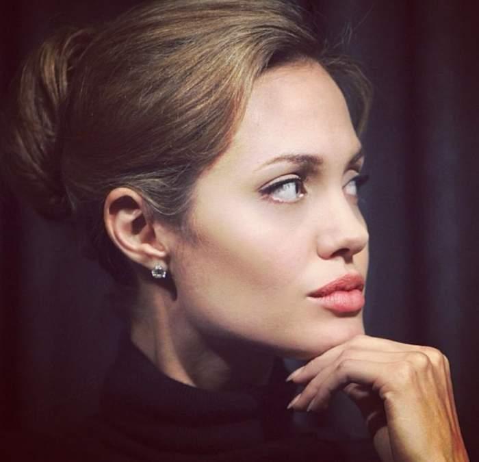 Veste tragică pentru Angelina Jolie! Ce lovitură dureroasă a primit actriţa după ce şi-a extirpat sânii de teama cancerului