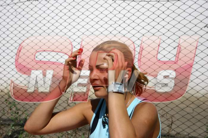 Galerie FOTO incredibilă! Drumul Brigittei Sfăt de la extaz la agonie şi din nou la extaz! Uite ce făcea vedeta la închisoare!