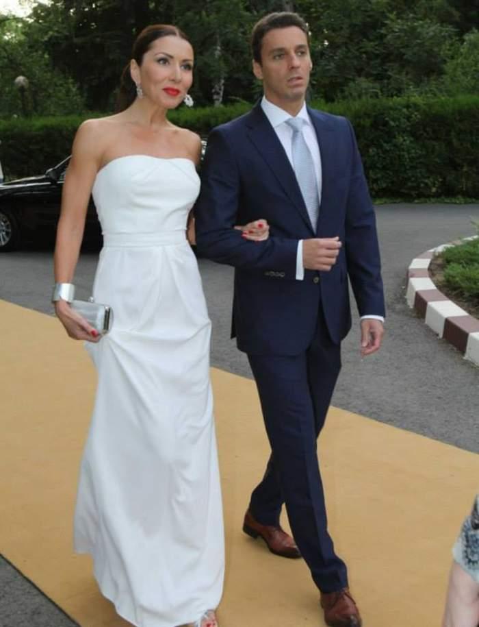 Ce secret ascund Mircea Badea şi Carmen Brumă? Uite cum au reacţionat când au fost întrebaţi dacă se căsătoresc!