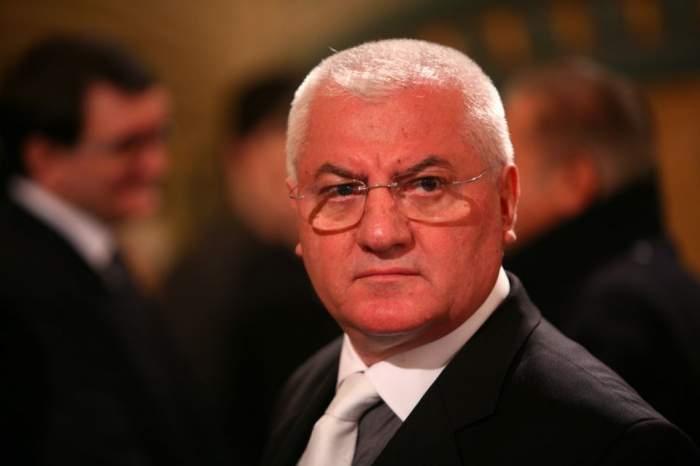 Mircea Sandu şi Dumitru Dragomir, trimişi în judecată. Ce riscă boşii din fotbal