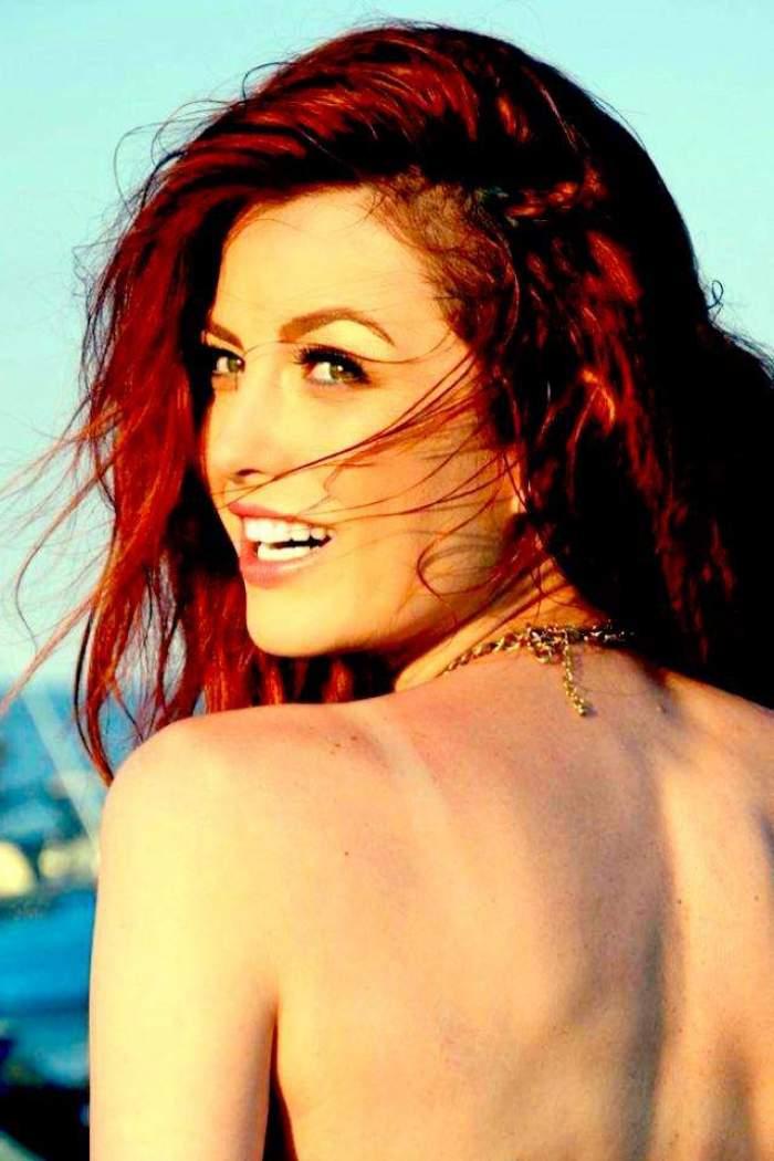 Foto hot! Elena Gheorghe face plajă topless! Vezi imaginea cu care şi-a înnebunit admiratorii!