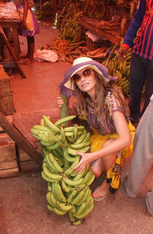 Anna Lesko, ce îţi mai plac bananele!