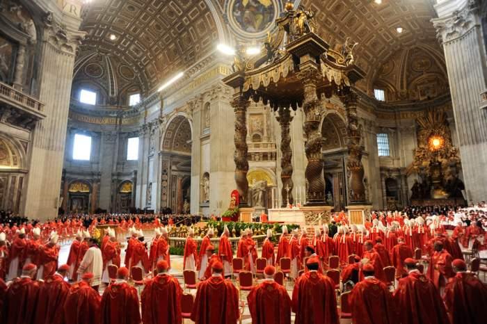 Şocant! Scandal sexual la Roma! Mai mulţi minori români au fost abuzaţi de popii de la Vatican chiar într-o biserică