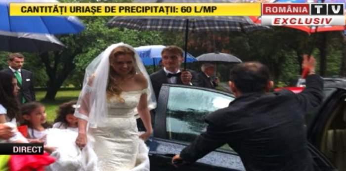 Roberta Anastase se căsătoreşte astăzi! Elena Udrea şi Elena Băsescu au strigat prezent! Vezi cine este marele absent al nunţii anului din lumea politică / Update