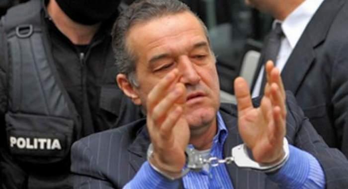"""Gigi Becali a anunţat că iese din vaţa publică! """"Nu mă mai hărţuiţi"""" Vezi întregul mesaj pe care l-a scris patronul Stelei din închisoare"""