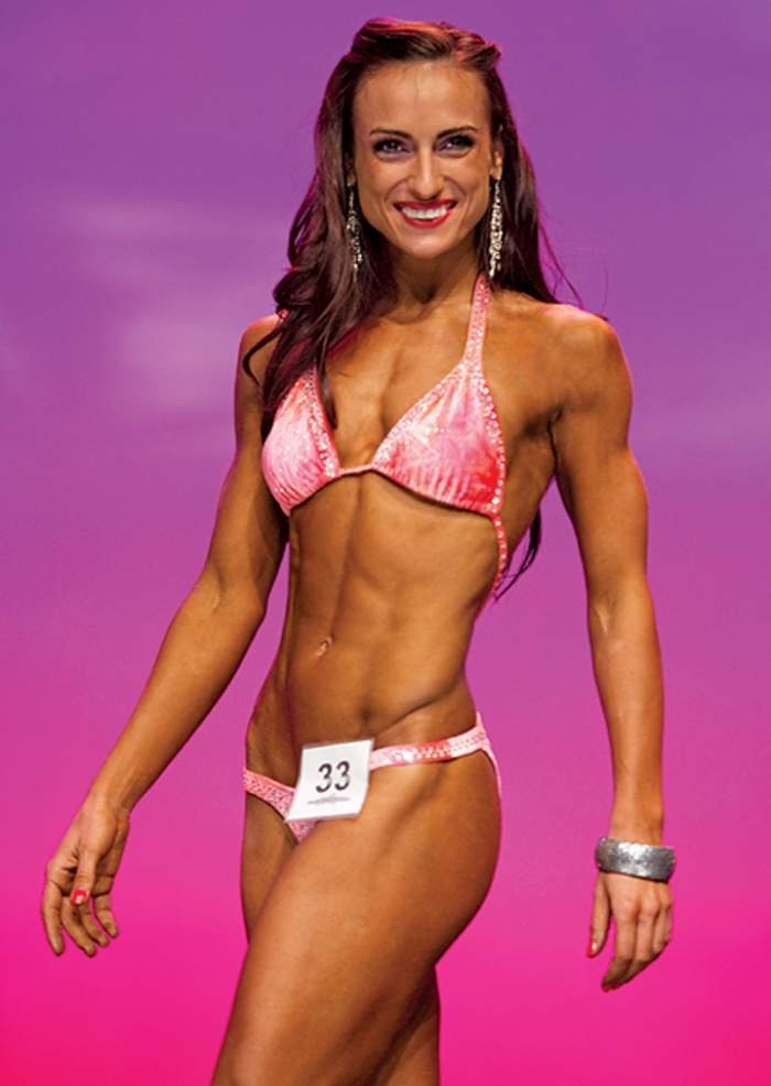 Antrenoarea Andreei Marin a câştigat titlul de Miss Fitness Universe 2013