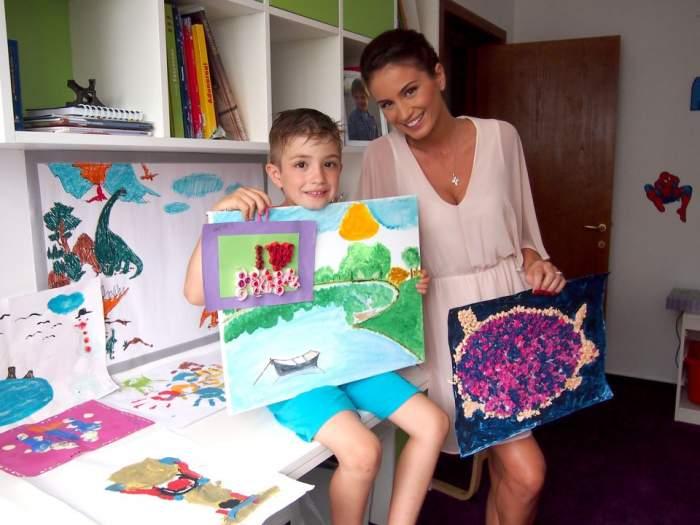 Geanina Ilieş susţine că fiul ei e un mic afacerit. Vezi ce tranzacţii face puştiul
