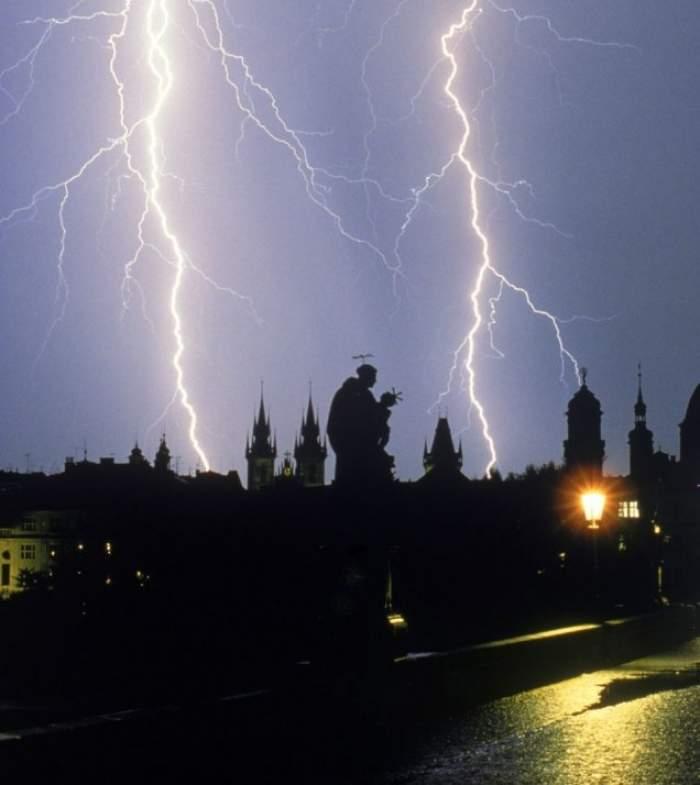 Atenţie la vreme! Alertă de furtuni în şapte judeţe!
