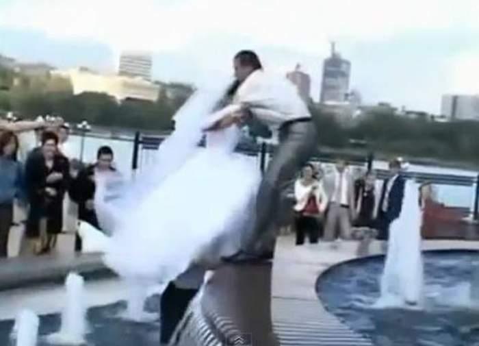 Nunţi pline de surprize! Vezi topul celor mai haioase faze! / VIDEO