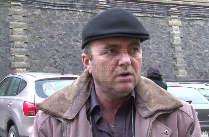 """Tatăl copilotului lui Adrian Iovan, supărat foc pe autorităţi: """"Dacă eram infractor, mă găseau după semnalul telefonului mobil"""""""