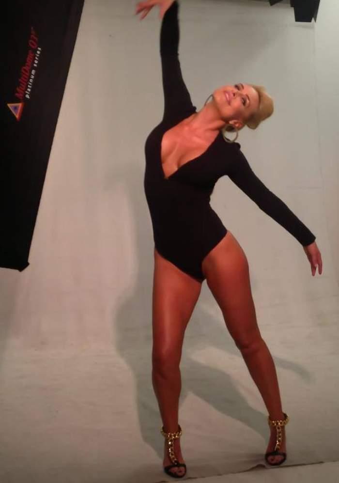 Ce face Vica Blochina ca să fie sexy şi fierbinte la 39 de ani! Sigur o să vrei să încerci şi tu
