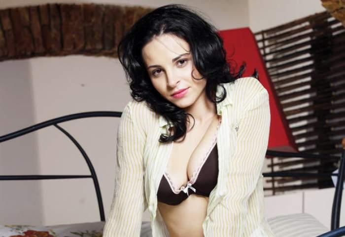 """Dezvăluiri uluitoare! Viaţa Corinei Ungureanu s-a schimbat radical odată cu pictorialul din Playboy  din 2000: """"Am fost dusă de nas, nu ştiam ce fel de poze urma să fac!"""""""