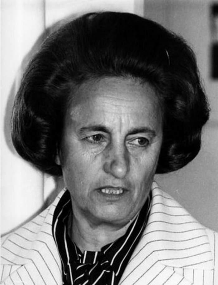 """Viaţa neştiută a Elenei Ceauşescu """"Avea profilul perfect pentru a fi asistentă păcătoasă"""". Uite cât de libertină era în tinereţe fosta soţia a lui Nicu"""