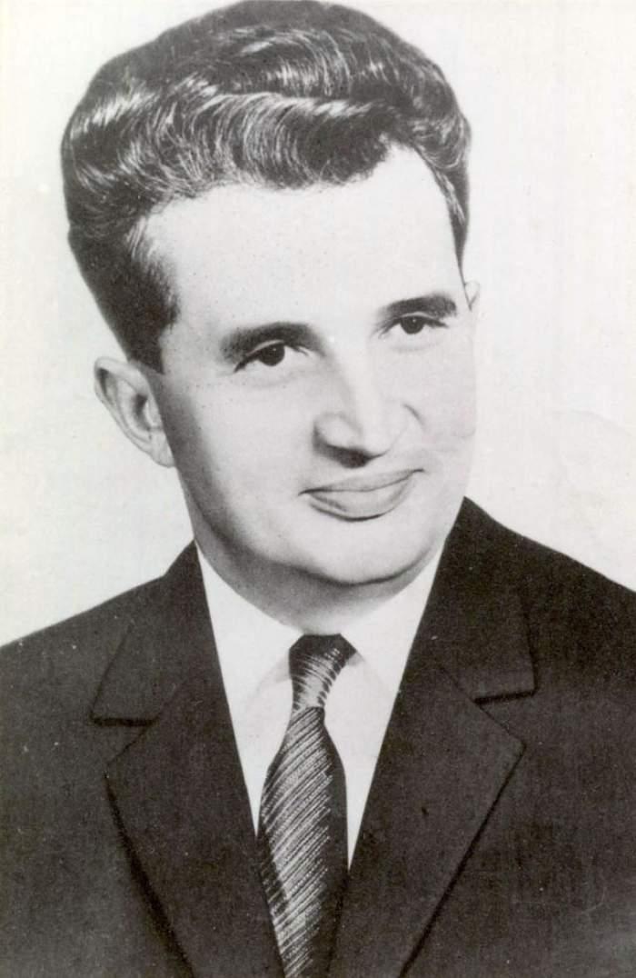 Nicolae Ceauşescu s-a chinuit muuulţi ani să-şi ia diploma de BAC. Uite după cât timp a reuşit să termine 12 clase