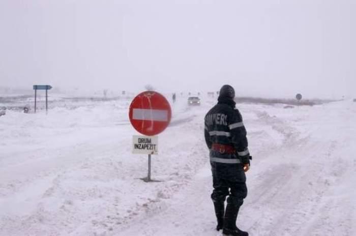 24 de ore de restricţii rutiere. Uite lista completă cu drumurile închise