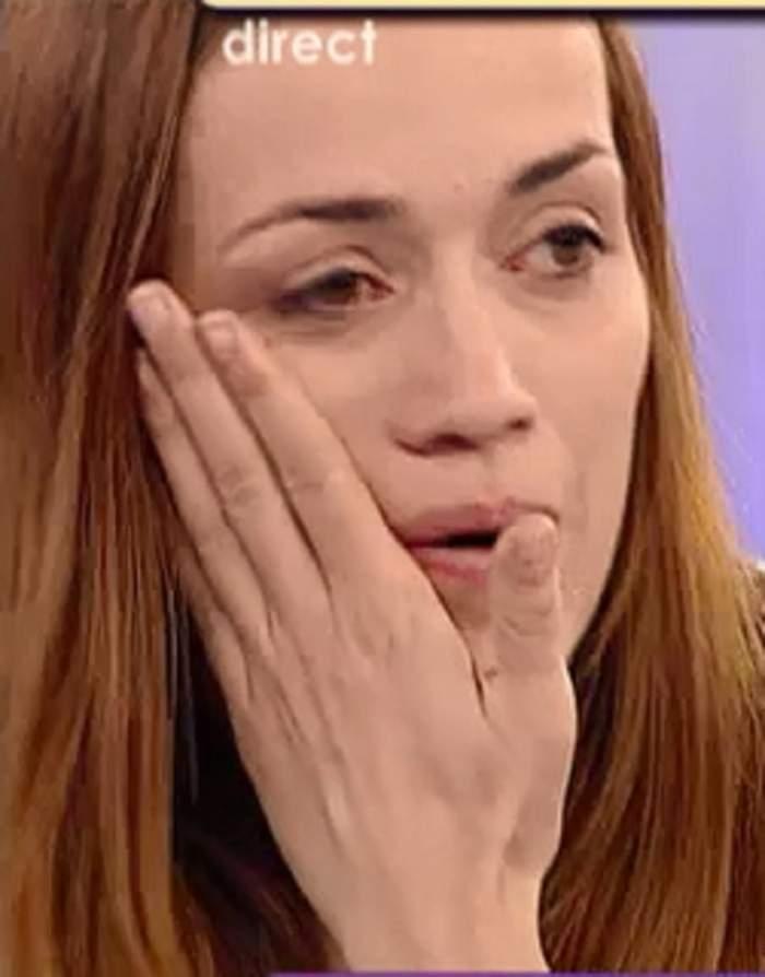 """Cu lacrimi în ochi, sora Aurei Ion vorbeşte despre starea părinţilor săi: """"Mama nu se simte bine"""""""