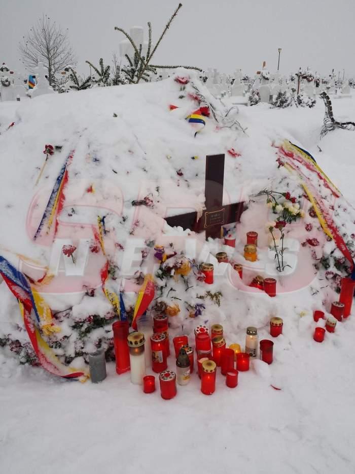 """Vizitatori surpriză la mormântul Aurelei Ion! Vezi de cine este păzit """"îngerul fără aripi"""""""