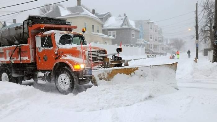Codul PORTOCALIU de ninsori şi viscol se întoarce de mâine! VEZI PROGNOZA METEO pentru următoarele zile