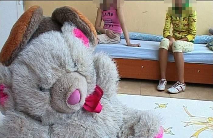 SCANDALOS Angajat al Direcţiei pentru Protecţia Copilului, proxenet de minori!