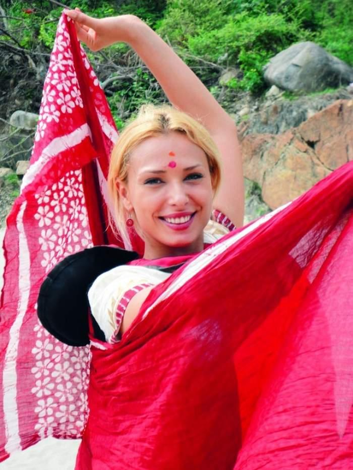 Iulia Vântur debutează la Bollywood! Blonda cântă şi dansează în stil indian, alături de Salman Khan!