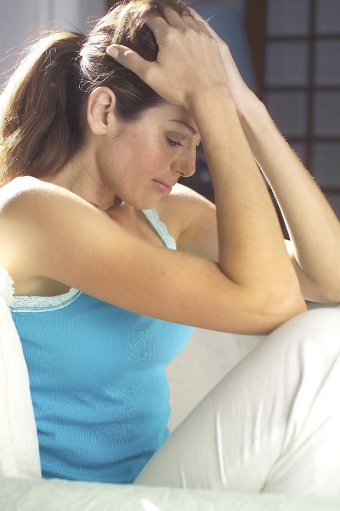 Ţi-a întârziat menstruaţia, dar ai eliminat varianta unei sarcini? Care sunt principalele motive ale lipsei ciclului