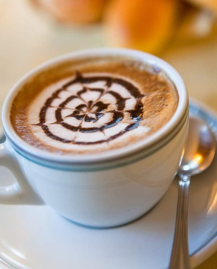 Cafeaua te poate feri de 7 afecţiuni periculoase. Iată ce efecte are