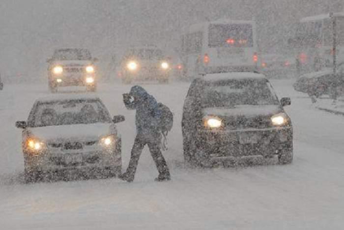 ATENŢIE, vine zăpada! Meteorologii au emis avertizare de ninsoare abundentă