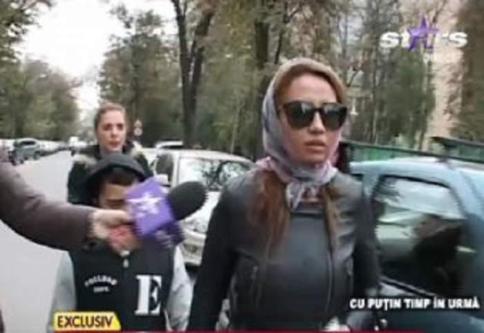 VIDEO / Narcisa a lui Guţă s-a aranjat pentru vizita la poliţie ca pentru podium! A redevenit încrezătoare şi cu zâmbetul pe buze