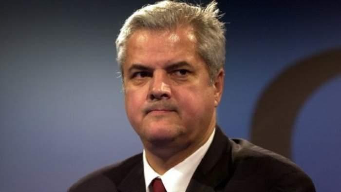 Adrian Năstase, de nerecunoscut! Vezi cum arată fostul premier!