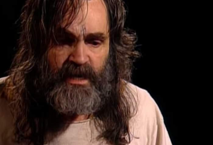 VIDEO / Charles Manson, cel mai temut criminal în viaţă,  a fost cerut de soţ! Cine este tânăra care şi-a asumat un astfel de risc?
